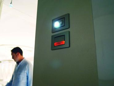 kino-domowe-projektor-2s